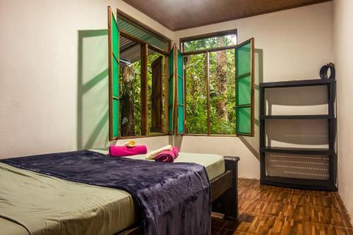 The Green Jungle Cabinas - Playa Chiquita