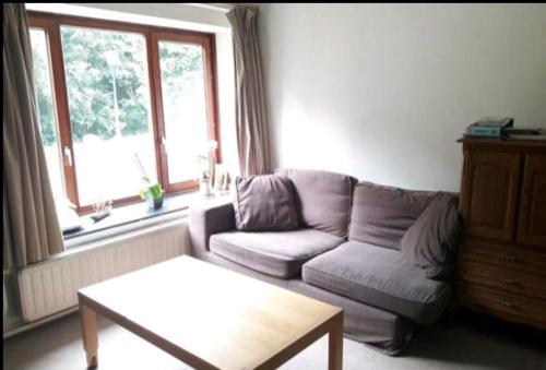 Chez Mimi, 1200 Brüssel