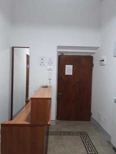 A-HOTEL.com - Soggiorno Emanuela, Ostello, Rome, Italia ...