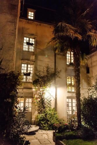 . Manoir Sainte Victoire