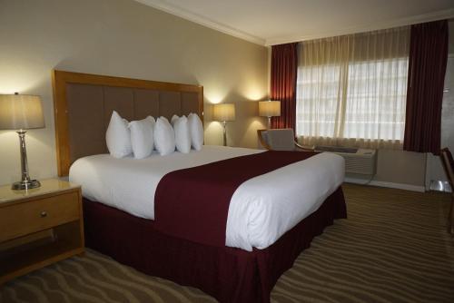 Ocean Sky Hotel & Resort - image 7