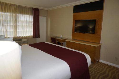 Ocean Sky Hotel & Resort - image 6