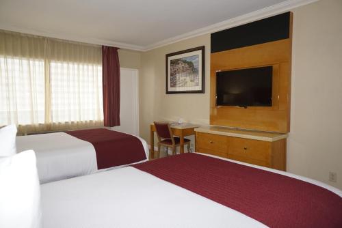 Ocean Sky Hotel & Resort - image 4