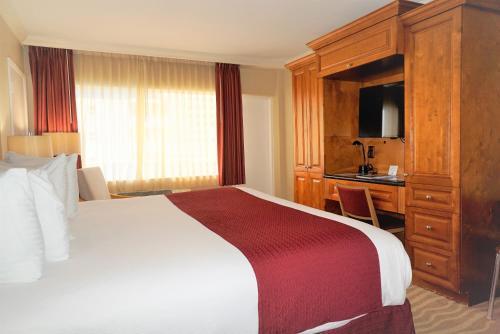 Ocean Sky Hotel & Resort - image 9