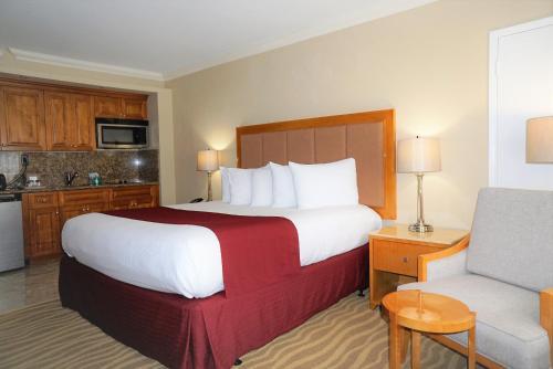 Ocean Sky Hotel & Resort - image 11