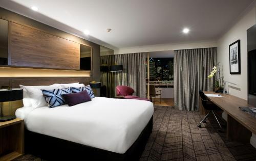 Rydges South Bank Brisbane, 9 Glenelg Street, Brisbane, Queensland 4000, Australia.