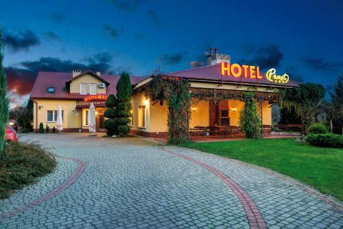 """. Hotel """"Piast"""""""