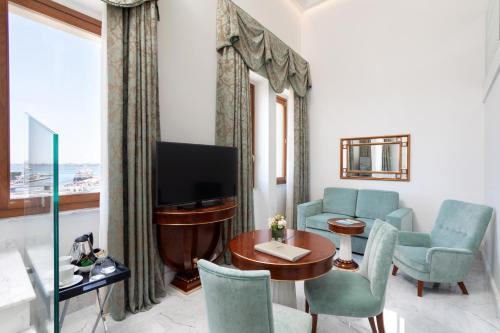 Junior Suite con Vista Mare - Su 2 Livelli