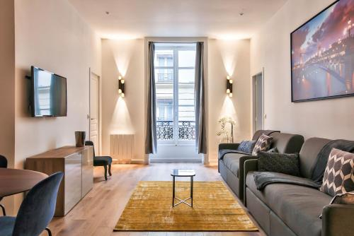 64-LUXURY FLAT CHAMPS ELYSEES (1D) photo 19
