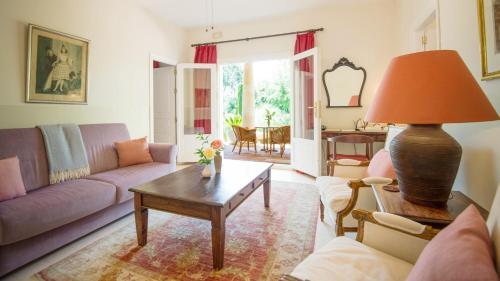 Suite with Terrace Hotel La Fuente de la Higuera 9