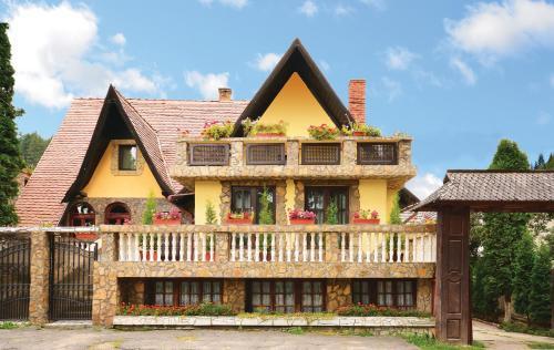 . Pension Casa Aurora