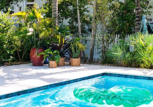 2801 North Roosevelt Boulevard, Key West, Florida 33040, United States.