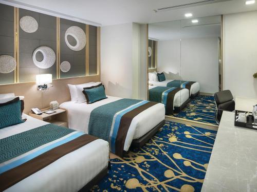 Solitaire Bangkok Sukhumvit 11 room photos