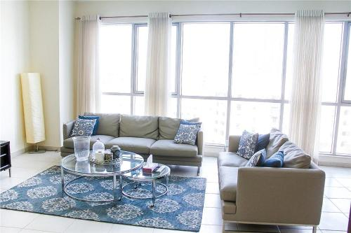 Furnished Rentals - The Residences Tower 7 - image 3