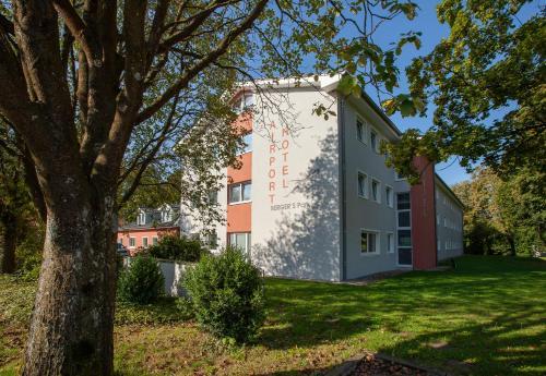 Bergers Airporthotel Memmingen - Hotel - Memmingerberg