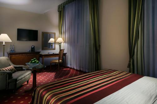 Art Nouveau Palace Hotel - image 6