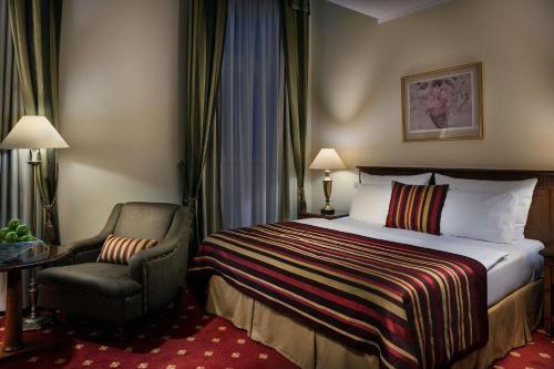 Art Nouveau Palace Hotel - image 7