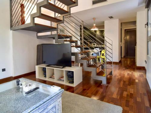 Duplex Centro De Madrid-La Latina + Garaje 4+1 Pax