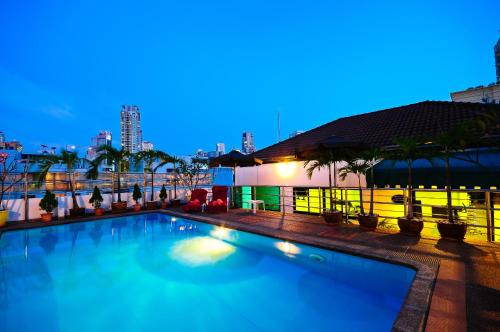 Admiral Suites Bangkok by Compass Hospitality photo 28