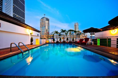 Admiral Suites Bangkok by Compass Hospitality photo 29