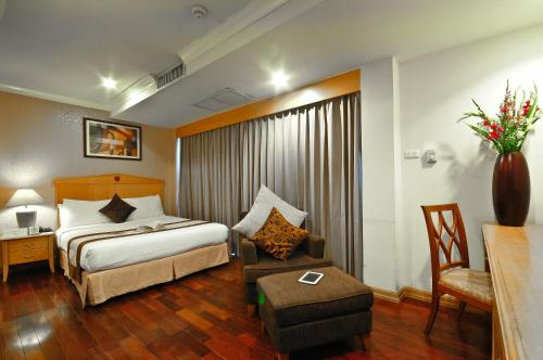 Admiral Suites Bangkok by Compass Hospitality photo 31