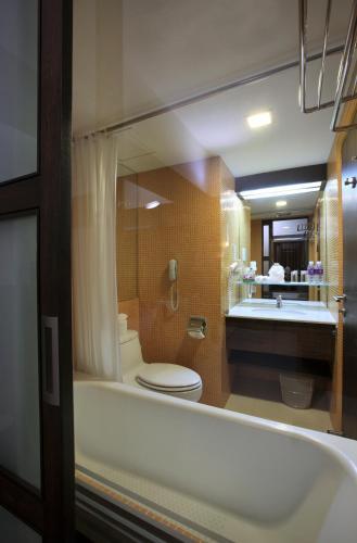 Marvel Hotel Bangkok photo 14