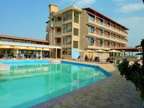 . Hotel Le Petit Bateau