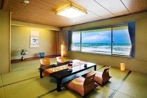 Senami View Hotel - Accommodation - Senami