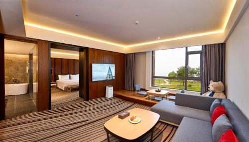Tongli Lake View Hotel photo 90