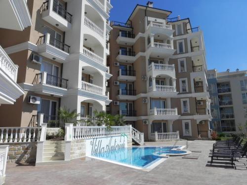 . Antorini Apartments