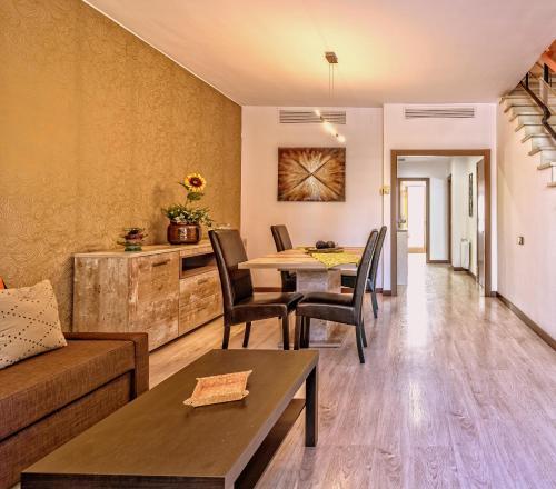 Exclusiva casa blanca en Barcelona&playa