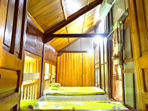 Family Room Thanh Van Homestay