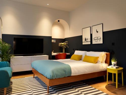 . Student Castle - Studio Apartments