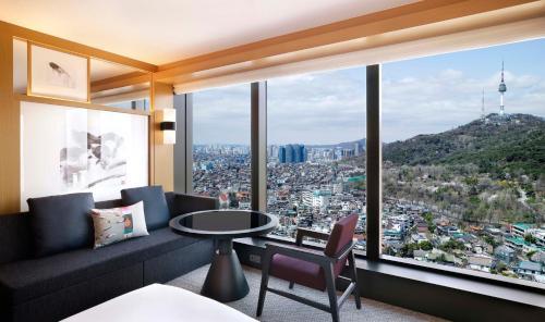 322 Sowol-ro, Yongsan-gu, Seoul 140-738, South Korea.