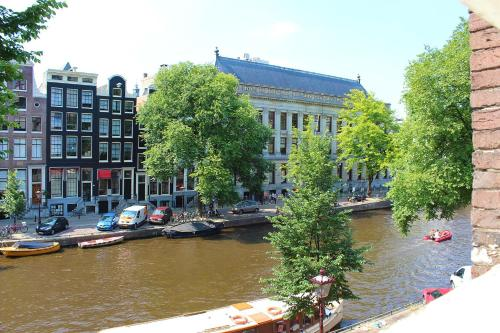 Amsterdam Jewel Canal Apartments photo 42