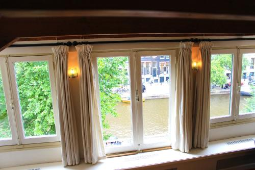 Amsterdam Jewel Canal Apartments photo 23