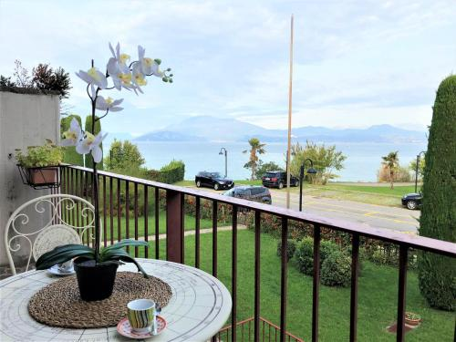 Hotel 5 STAR SIRMIONE WITH PRIVATE BEACH AND GARAGE 1