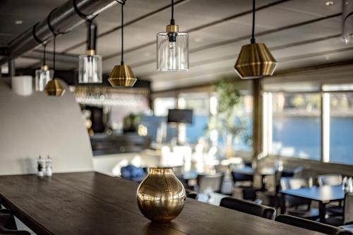 Mälardrottningen Yacht Hotel & Restaurant photo 29