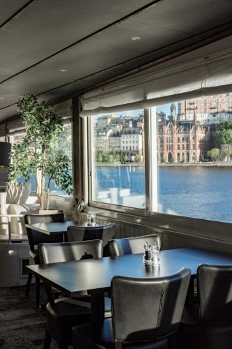 Mälardrottningen Yacht Hotel & Restaurant photo 30