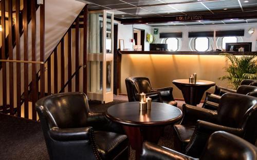 Mälardrottningen Yacht Hotel & Restaurant photo 40