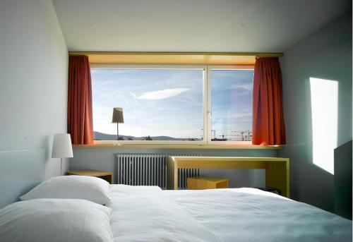 . Hotel Marta