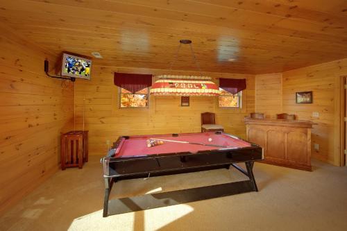 Gone Swimmin'  260   Two Bedroom Cabin