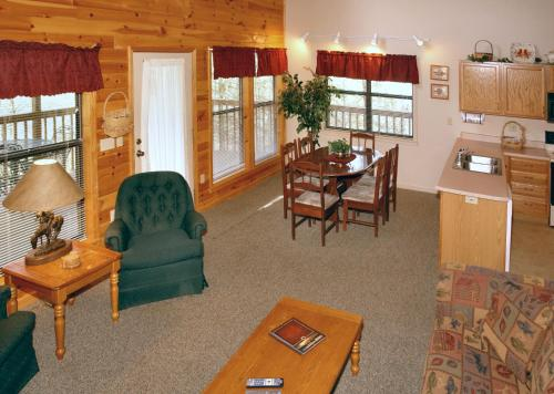 Mountain Hideaway  338   Two Bedroom Cabin