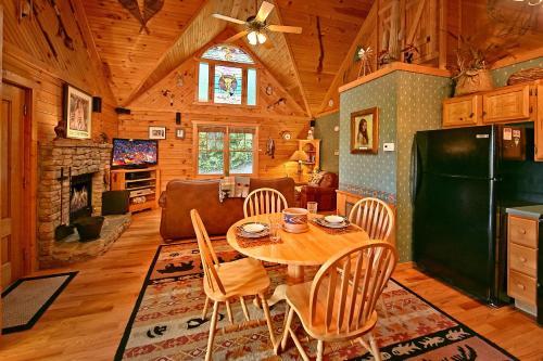 Tonto's Tee Pee  123   One Bedroom Cabin