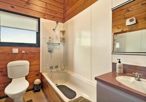 One-Bedroom Suite - Taranaki