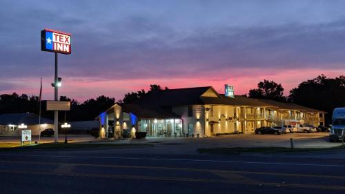 . TexInn Motel New Boston