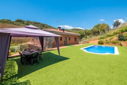 Calella Villa Sleeps 12 Pool Air Con