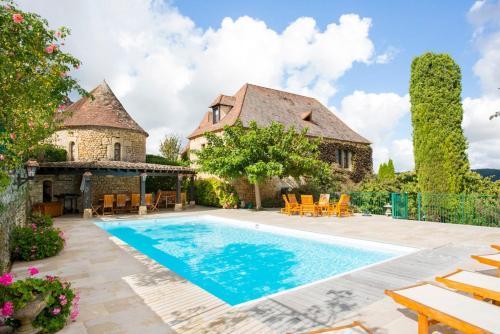 Calviac-en-Perigord Villa Sleeps 12 Pool Air Con - Accommodation - Sainte-Mondane