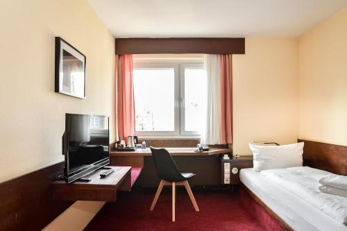 . KONTAKTLOS Hotel Am Kappelberg KONTAKTLOS