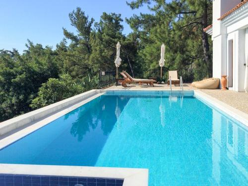 Beldibi Samik Villa Sleeps 4 Pool Air Con WiFi tek gece fiyat